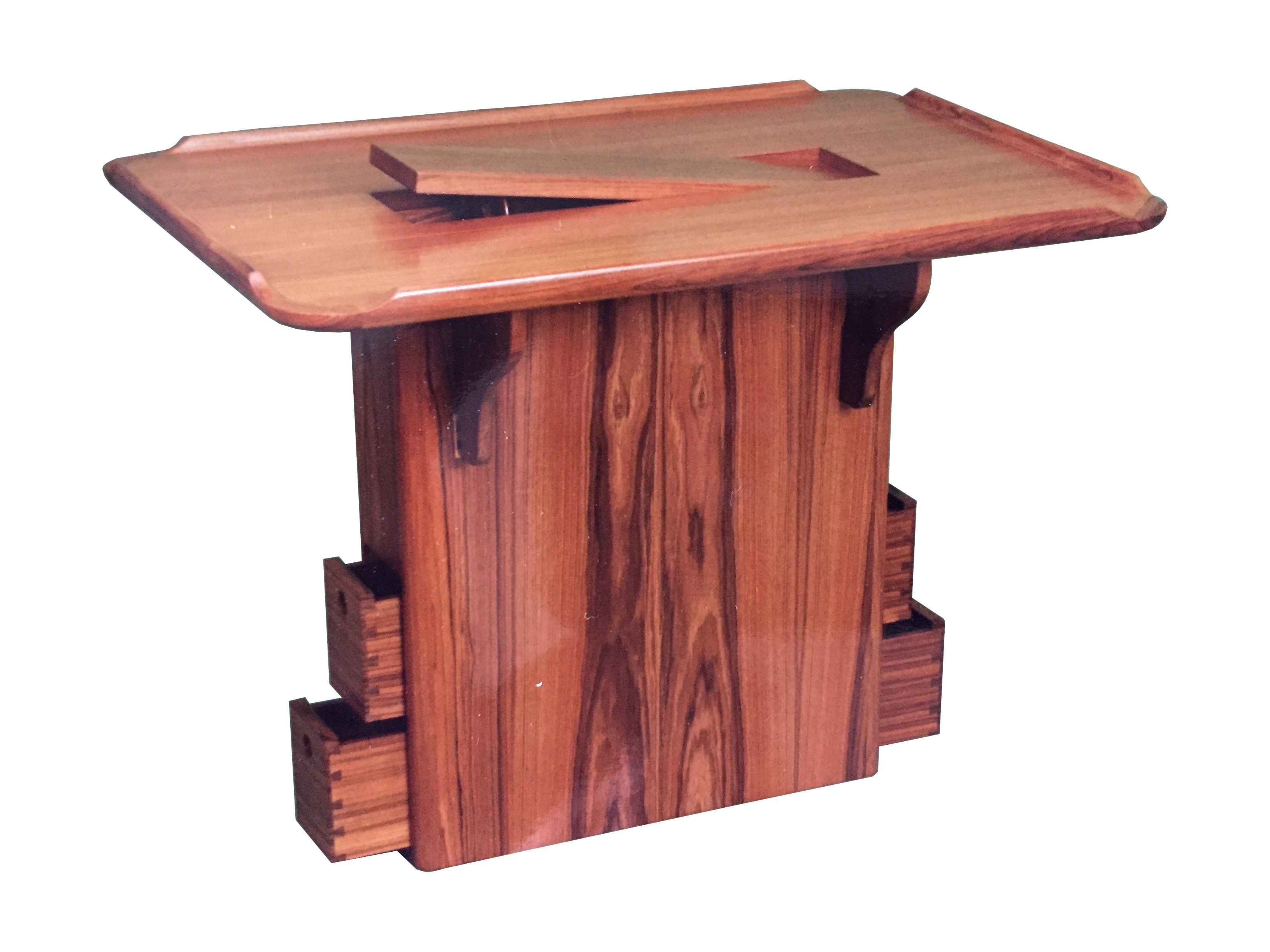 View on saloon table with column basis