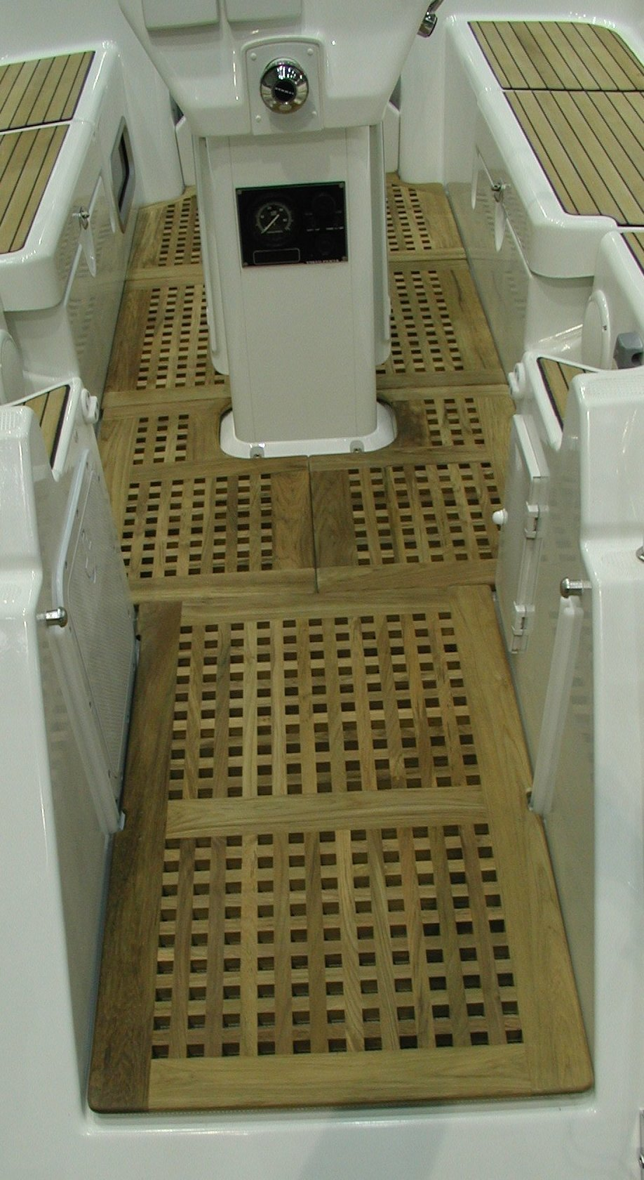 View on a cockpitgrate for Harmony sailing yacht